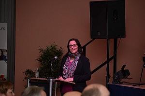 Anette Kemnitz-Zimmermann beim Vortrag